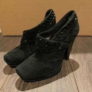 Kenneth Cole Reaction Jeweled Booties